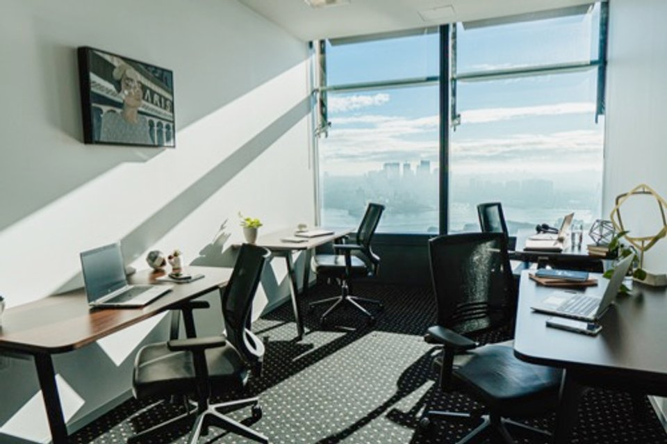 Office space for lease in Tower One, International Towers Sydney - image 3