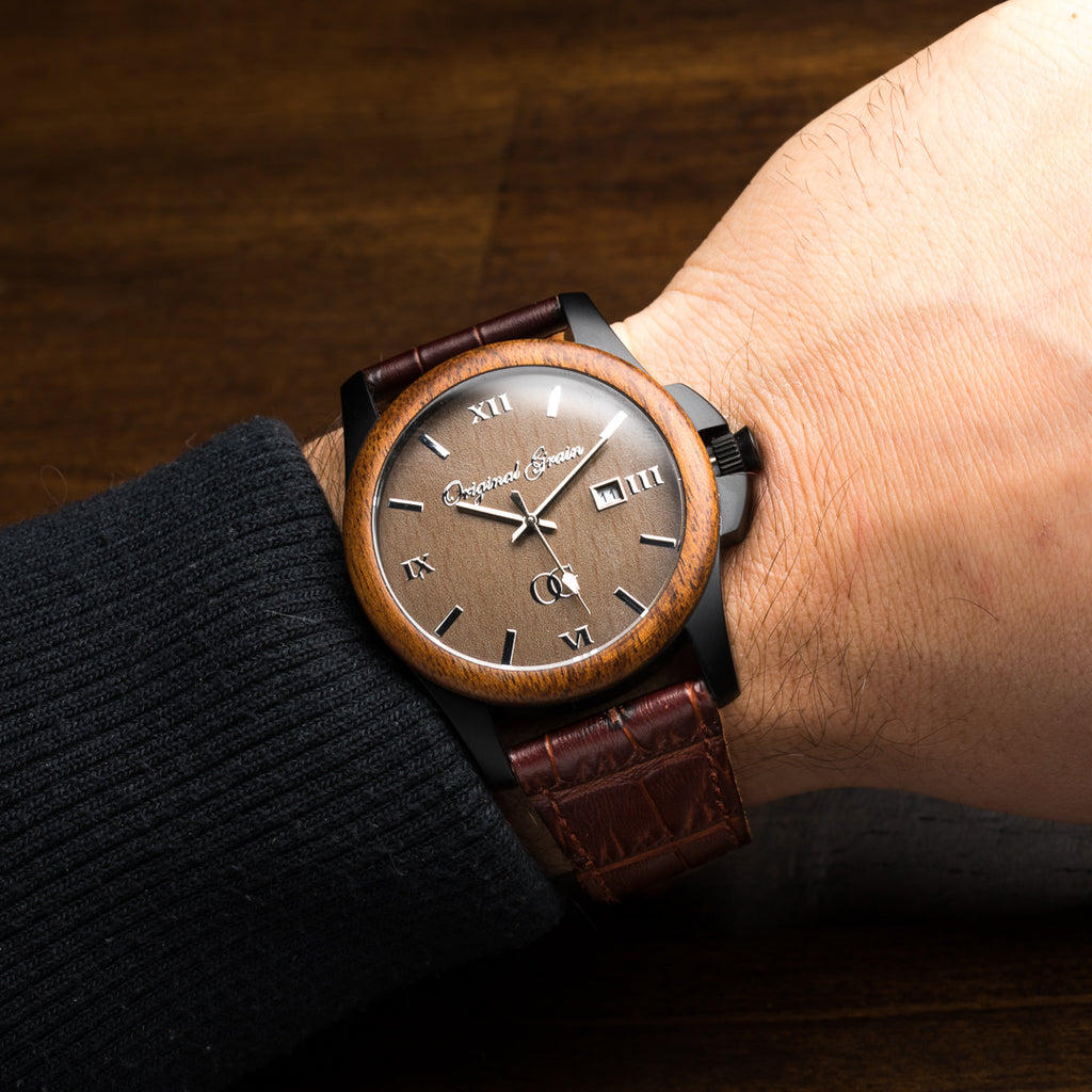Ebony Brown Leather Classic 43mm