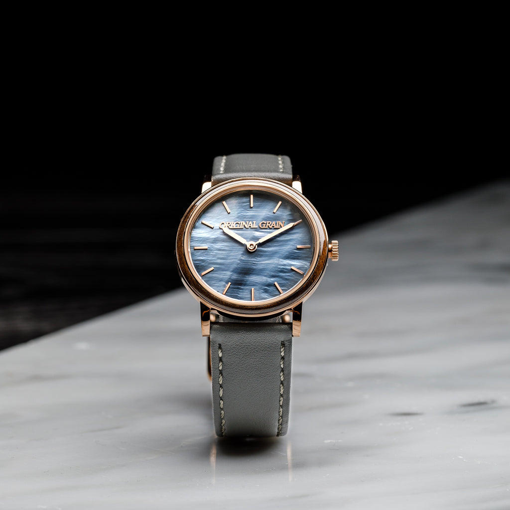 Luna Mother of Pearl Womens Avalon 34mm