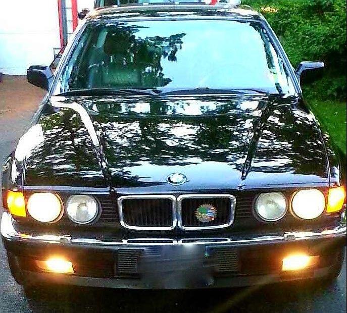 NICE 1989 BMW 7 Series