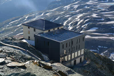 Hörnlihütte   Base Camp Matterhorn