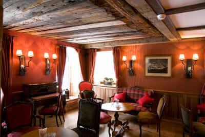 Edward's Bar Café
