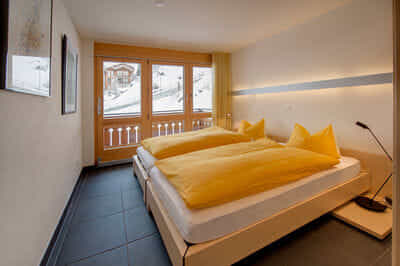 2. bedroom with 2 single bed
