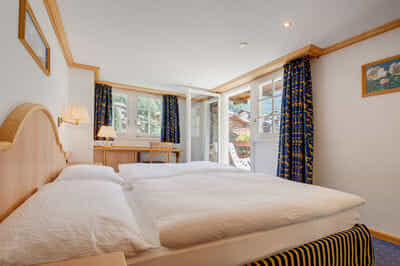 Chambre à coucher avec balcon