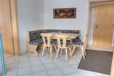 Wohnung 481: Essecke