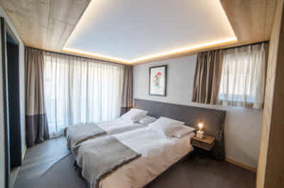 Mount Grant _ Bedroom
