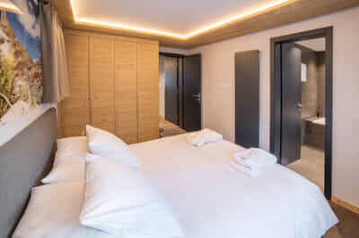 Mount Rose_Bedroom