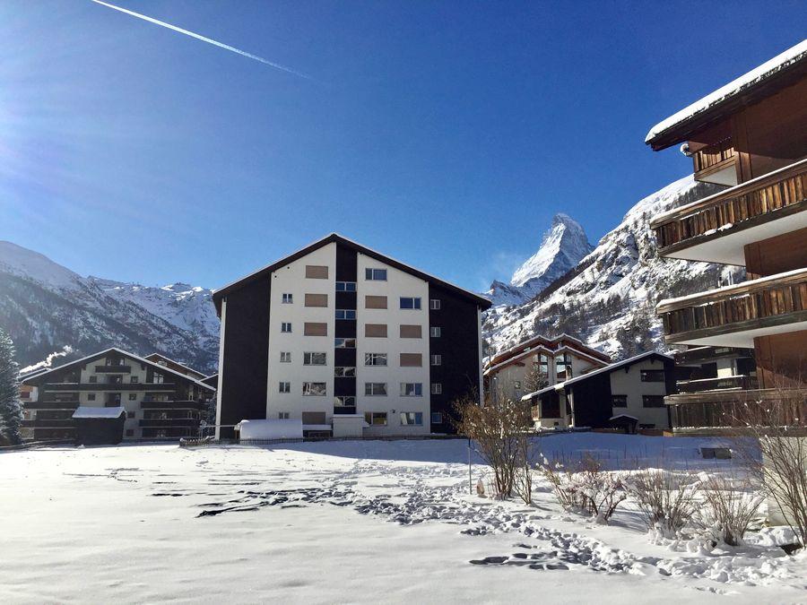 house with Matterhorn