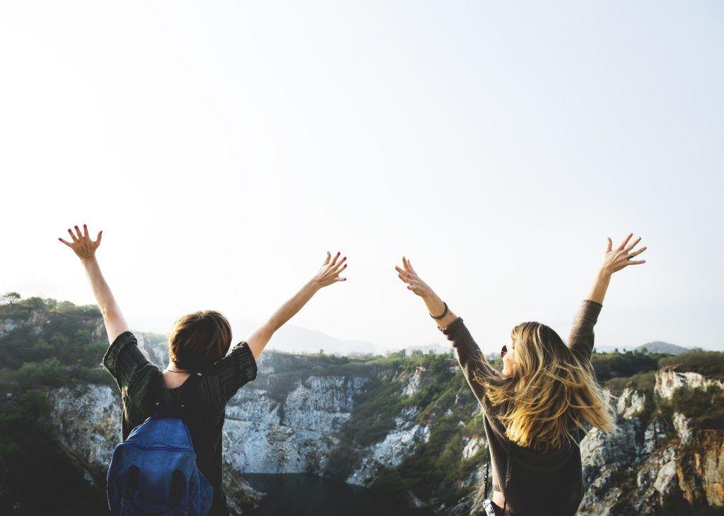 Cara Mudah Dapat Teman saat Solo Traveling