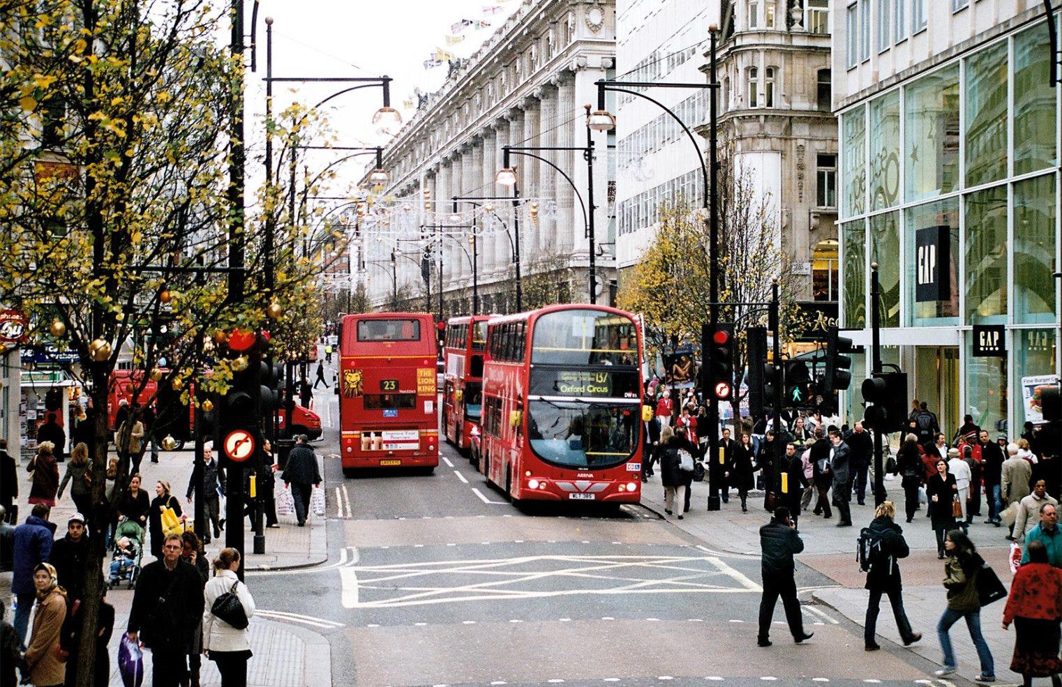 tempat belanja barang branded dipusat london
