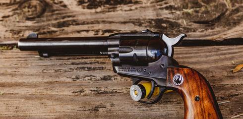 Pistole oder Revolver?