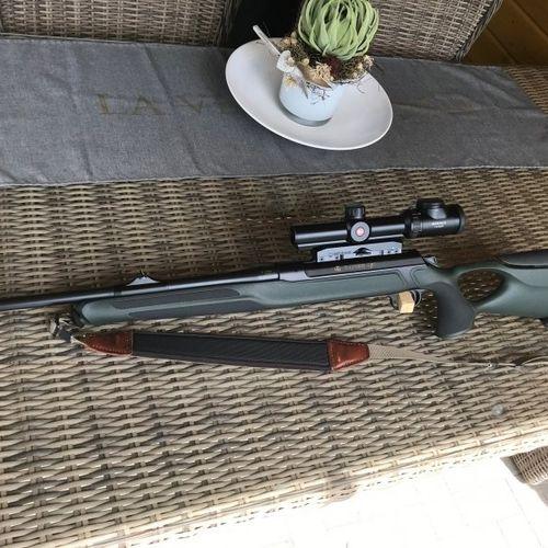 Sauer 303 Synchro XT 9,3x62 mit Black Magic Trigger + Leica Magnus 1-6,3x24
