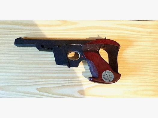 Biete eine Walther OSP 22 Kurz-Waffe