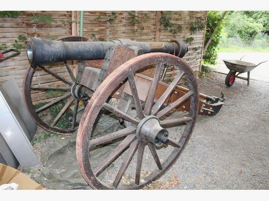 Kanone, Vorderlader, Salutkanone Napoleon III Cal. 120mm in Originalgröße