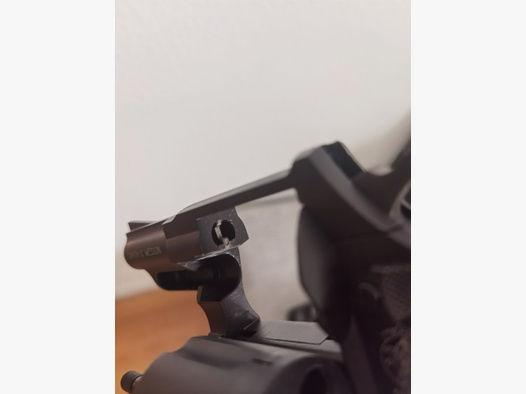 Smith & Wesson Combat brüniert, Schreckschuss cal. 9mm R.K