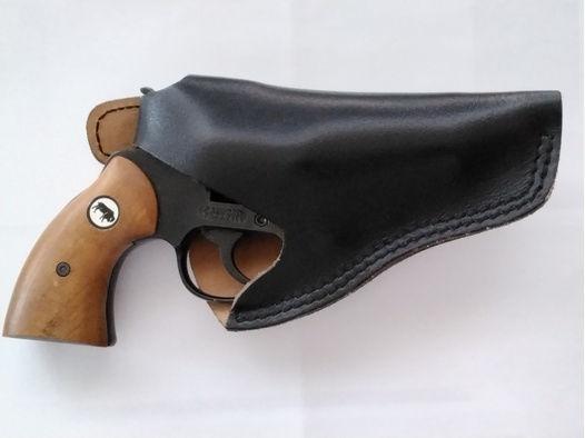 Schreckschußpistole mit Holster