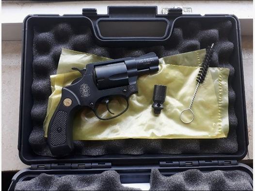 Revolver Schreckschuss