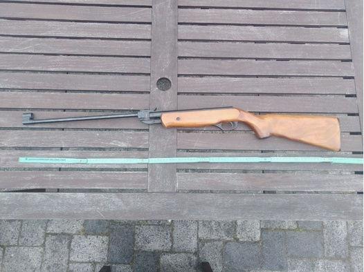 1 Luftgewehr, Marke Vostok