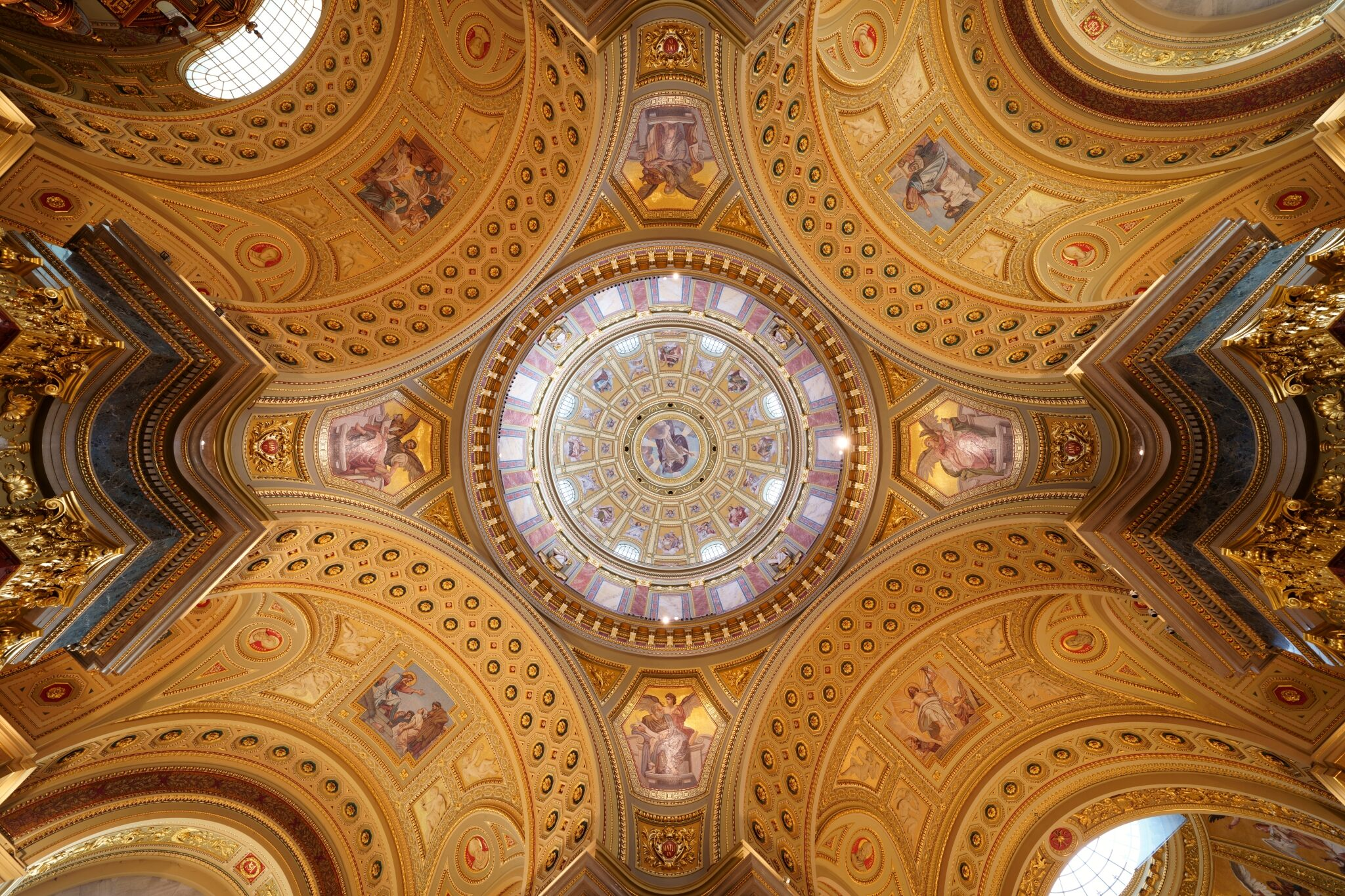 Ornate dome and vaulted ceilings of Stephen's Basilica in Budapest, photographed with the Sony a7R IV camera