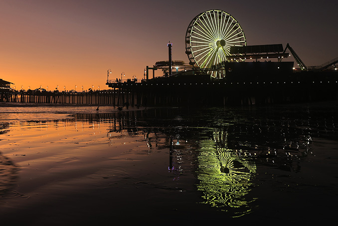 ferris wheel on the harbour taken with canon 1dx mark iii