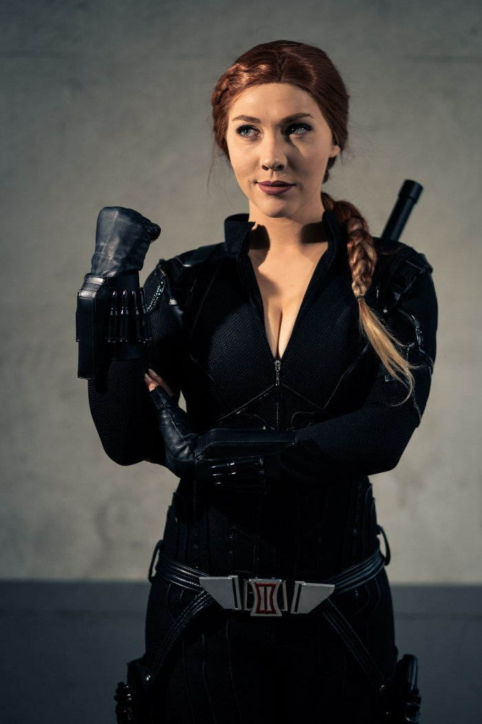 cosplayer as black widow
