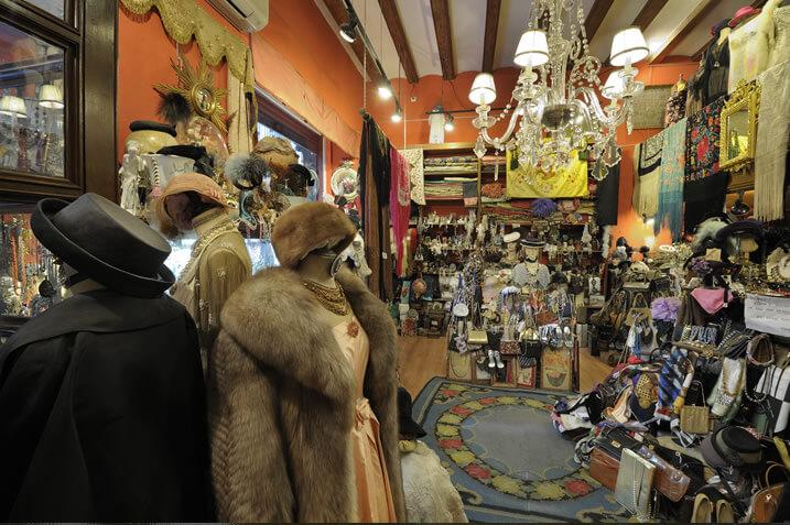 Inside an antique shop, taken with Nikon AF-S NIKKOR 16-35mm f4