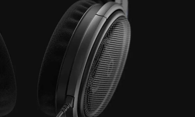 Sennheiser HD 600 professional headphones
