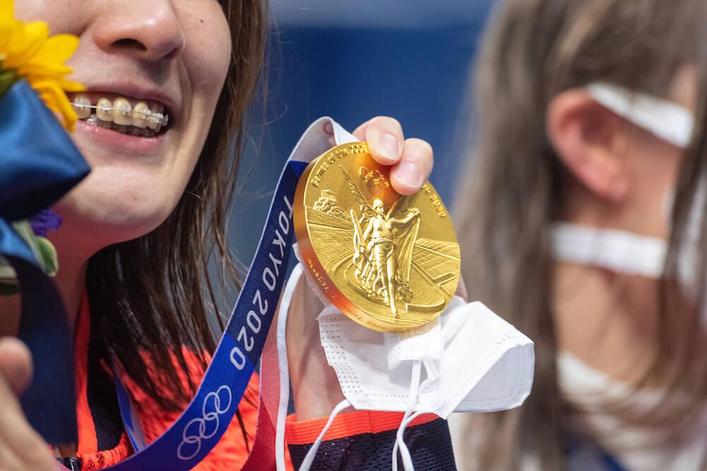 Olympic gold medal, photo taken by Tim Clayton