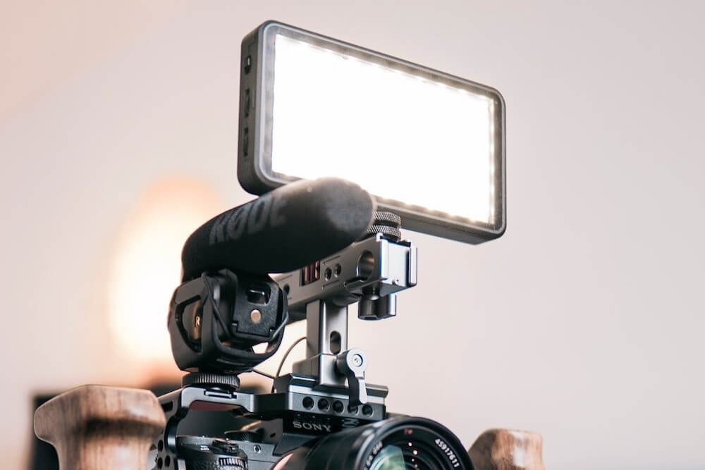 An on-camera LED light attached on a vlogging camera