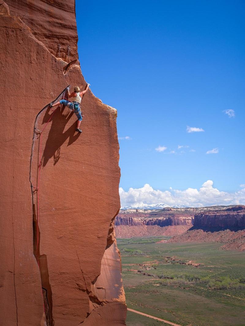 rock climber photo taken with the fujifilm gfx100