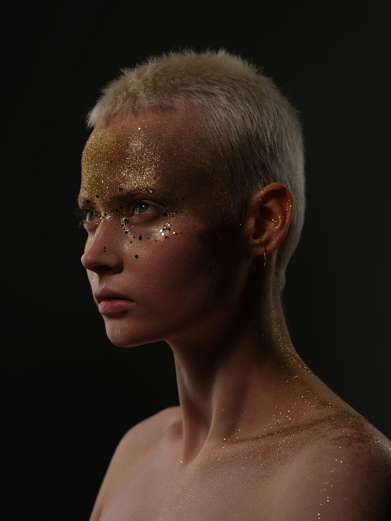 portrait of a model with glitters taken with fujifilm gfx100
