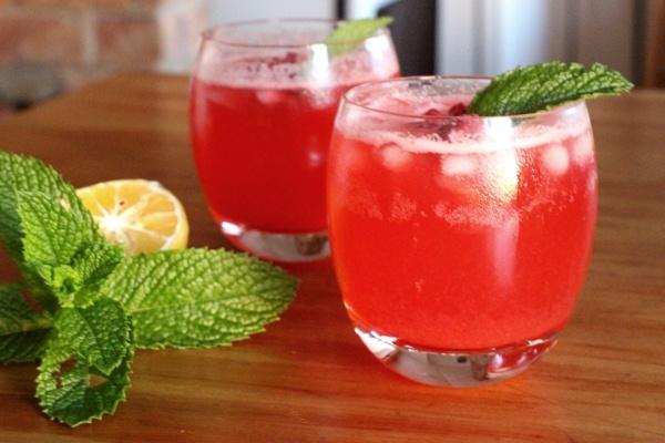 Raspberry lemon crush mocktail recipe