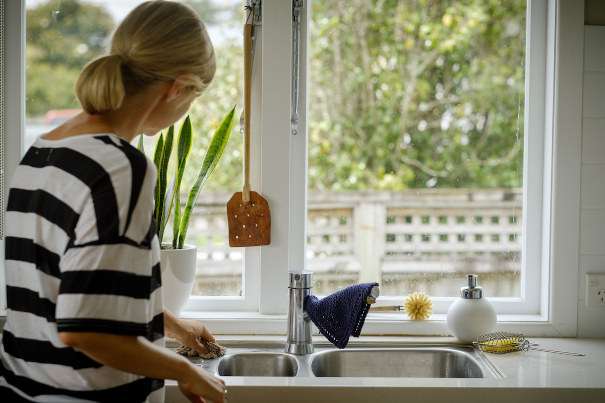 A clean home, the natural way