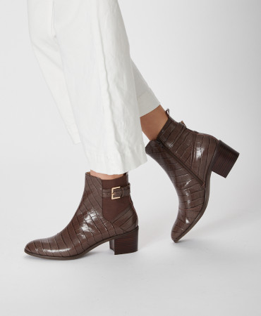 Brydie chelsea boot