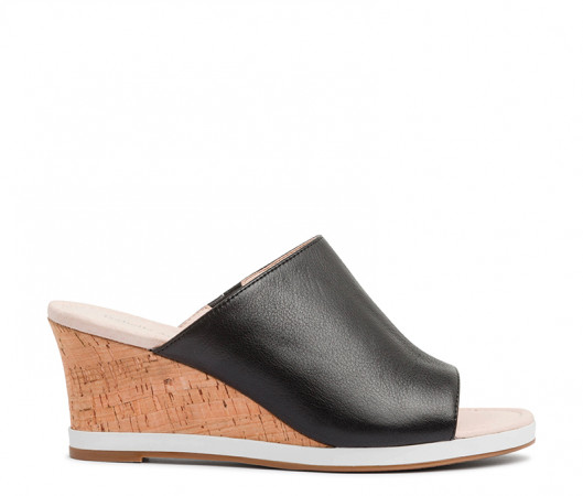 Quest wedge mule
