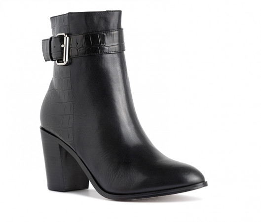 Cricket ankle boot
