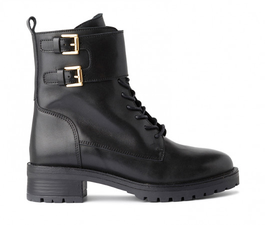 Roma lace up boot