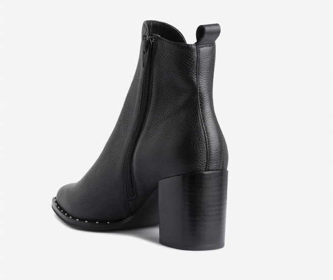 Fray ankle boot