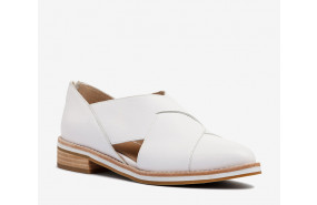 Dollie slip on