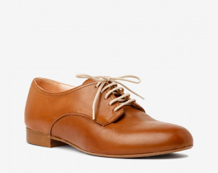 Milton lace up
