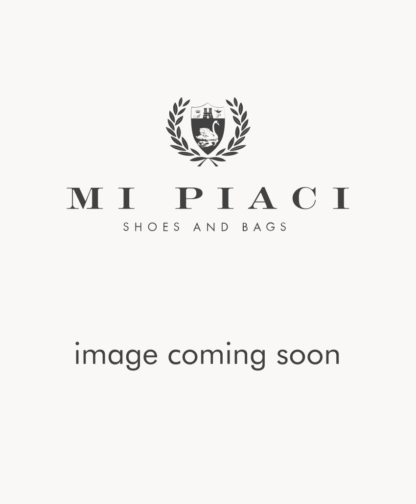 Designer's Note - Curvaceous heel