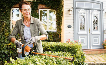 Cordless Battery Tools for Small Gardens
