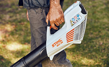 Cordless Battery & Electric Leaf Blowers