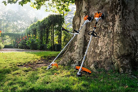 Cordless Battery Tools for Large Gardens or Professionals