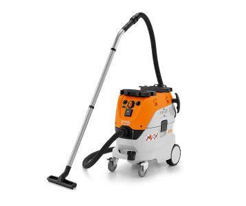 STIHL SE 133 ME Electric Wet Dry Vacuum Cleaner