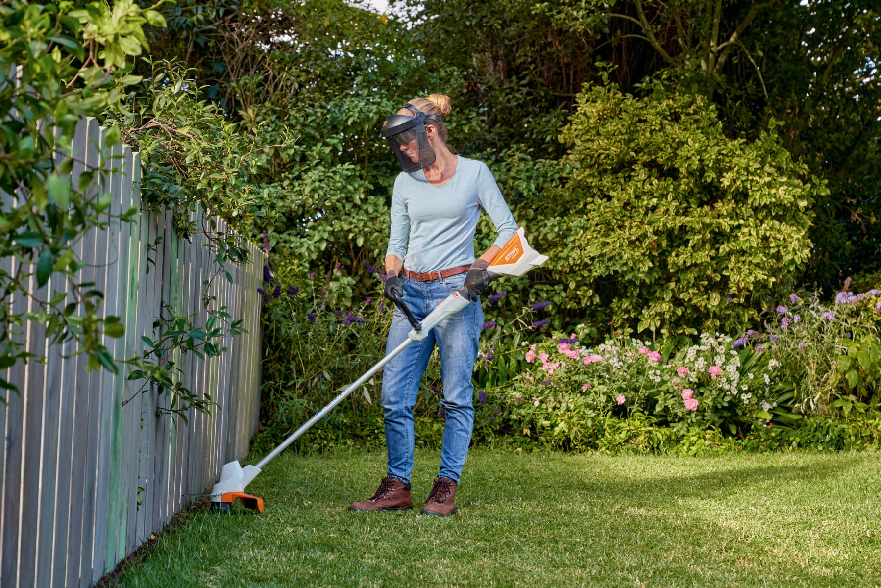 Choosing a line trimmer for your property
