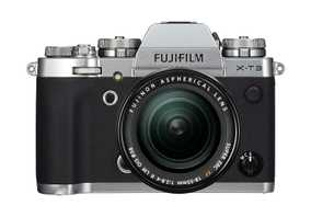 Fujifilm X-T3 (26.1 MP, XF 18-55 mm F/2.8-4 R LM OIS Kit Lens) Mirrorless Camera
