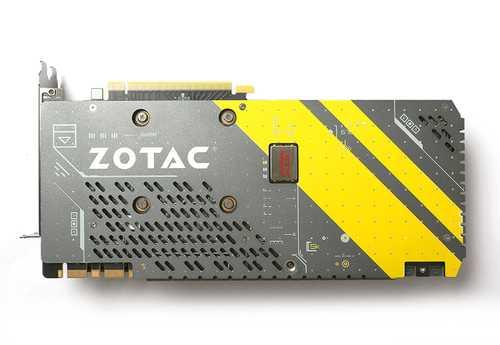 Zotac GeForce GTX 1070 8 GB GDDR5 PCI Express 3.0 AMP Edition Graphic Card