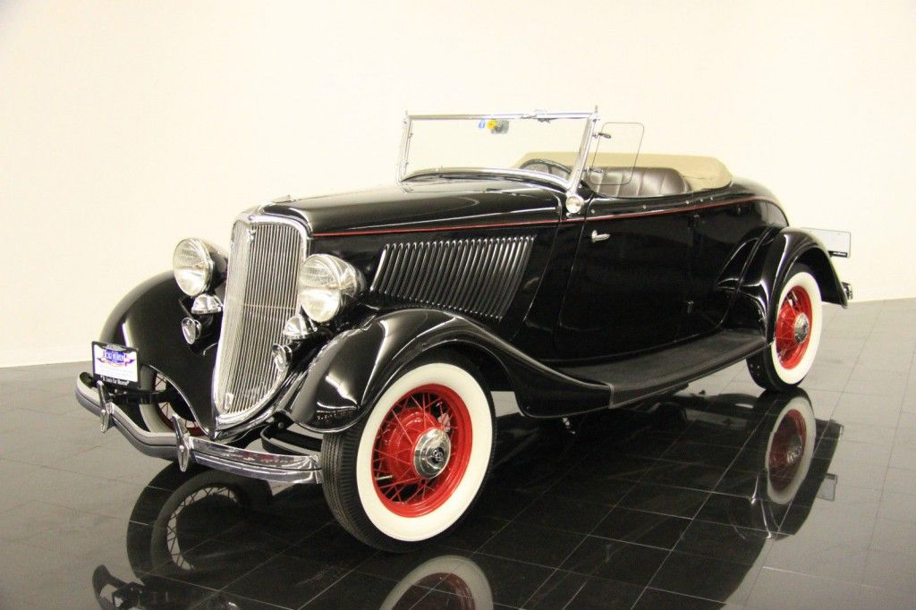 1933 Ford Model 40 Deluxe Rumble Seat Roadster