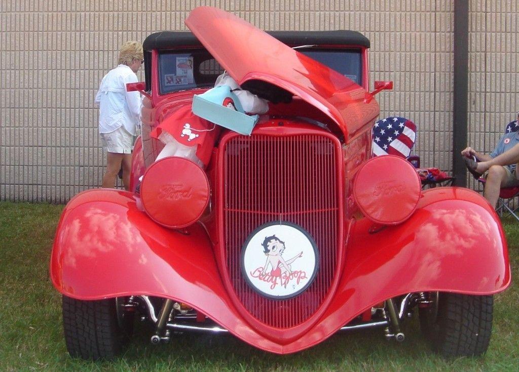 1933 Ford Phaeton Street Rod